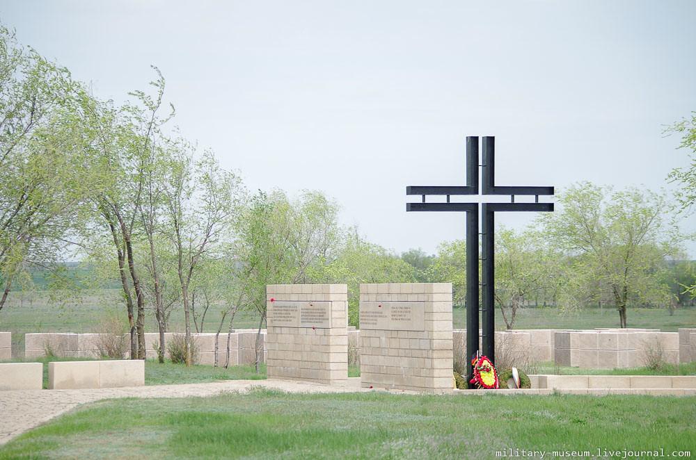 Военно-мемориальное кладбище Россошки под Волгоградом-50