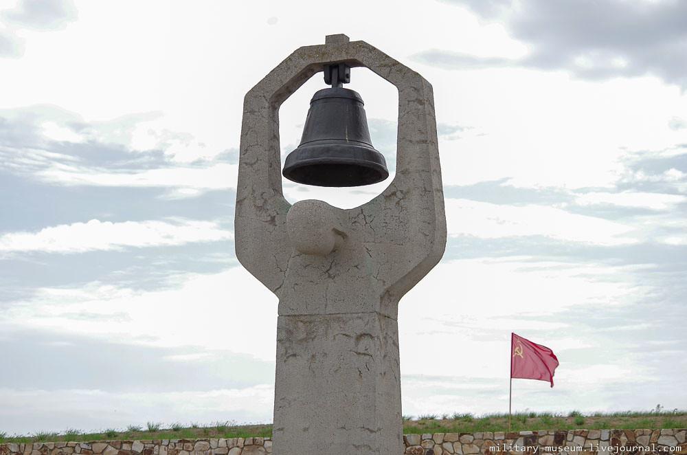 Военно-мемориальное кладбище Россошки под Волгоградом-18