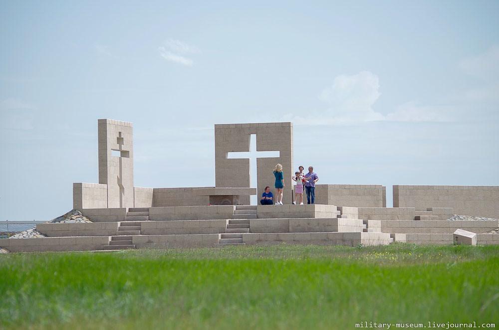 Военно-мемориальное кладбище Россошки под Волгоградом-95