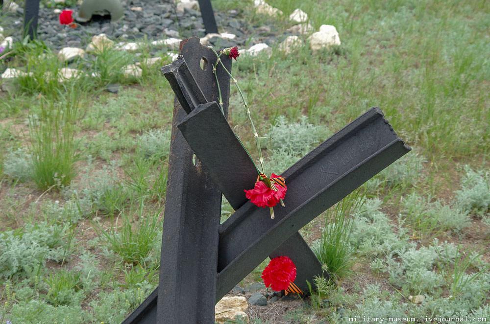 Военно-мемориальное кладбище Россошки под Волгоградом-38