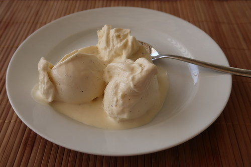 Sahne-Vanille-Eis