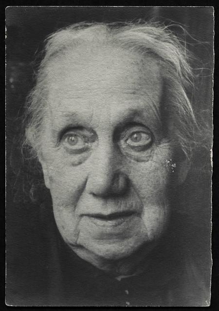 Archiv T360 Frauenporträt, 1920er