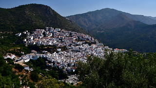 white washed village Spain