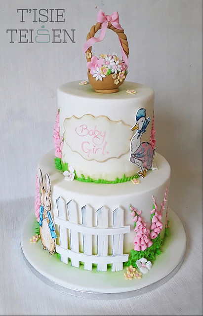 Cake by Buddug Thomas T'isie Teisen