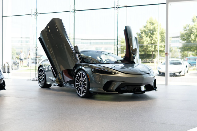 New McLaren GT at Grange McLaren Hatfield