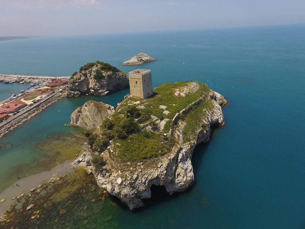 Şile Ocaklı Ada Kalesi from the air