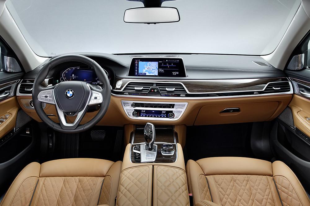 全數位虛擬座艙含12.3吋虛擬數位儀錶與10.25吋中控觸控螢幕 (1)