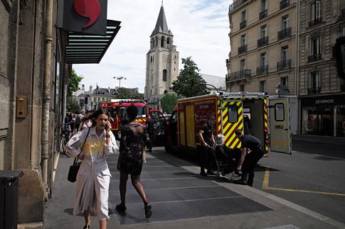 19g01 Saint Germain Bomberos canícula_0013 variante Uti 485