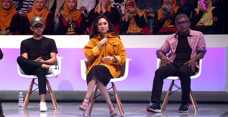 Ismail Izzani dan Intan Najuwa selaku penyiasat jemputan episod kedua, serta Seelan Paul (penyiasat tetap)