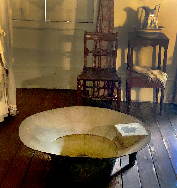 Old-Timey Bathtub, Merchant's House Museum