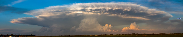 061419 - Evening Supercell & Lightning 015 (Pano)