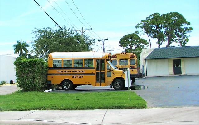 Short bus 7994