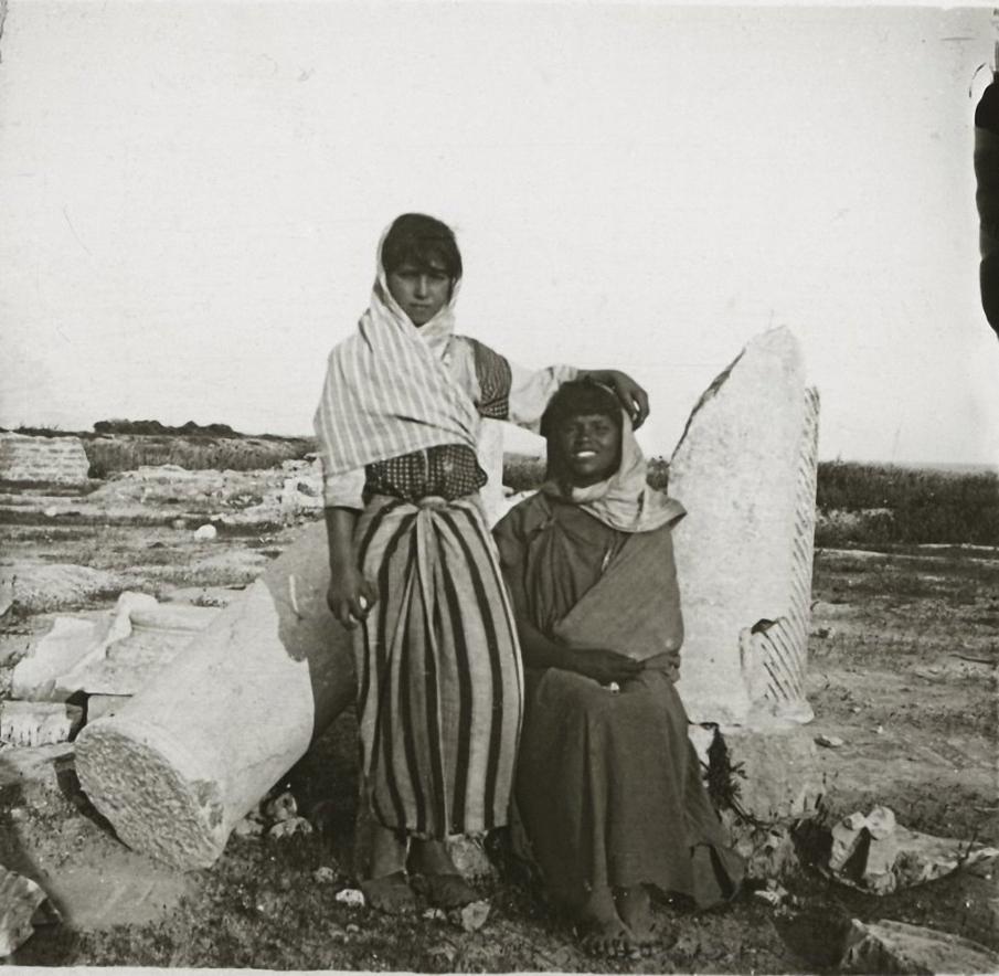 1903. Тунис. На развалинах древнего Карфагена.