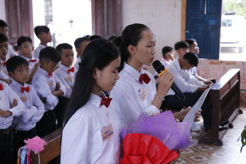 Huong Binh (52)