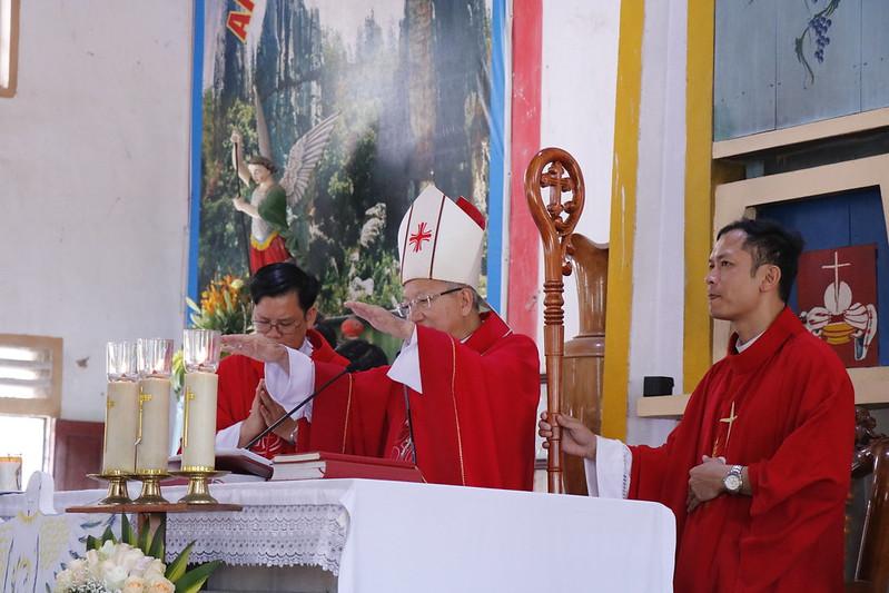 Huong Binh (50)