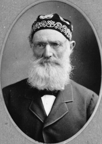 queensland statelibraryofqueensland beards men mensclothingandaccessories graziers irish smokingcap spectacles