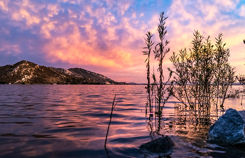 lakeperris sunset landscape reflection lake water clouds cloudscape pink