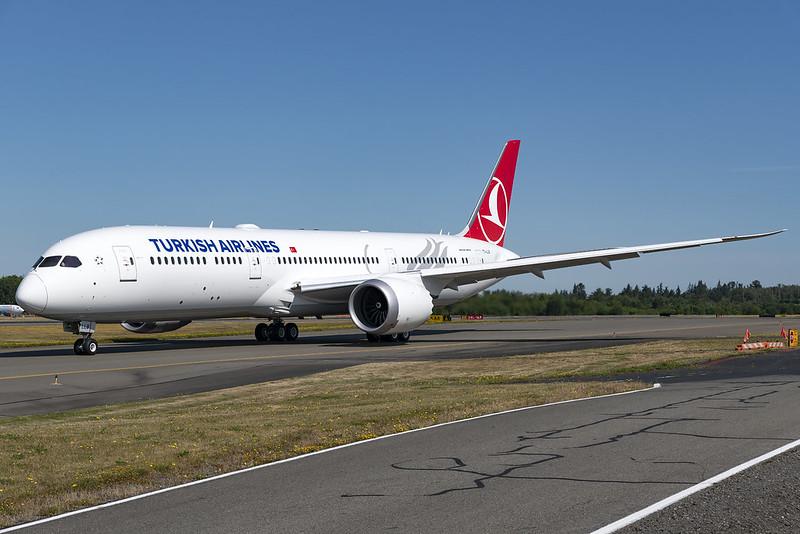 Turkish Airlines Boeing 787-9 TC-LLB