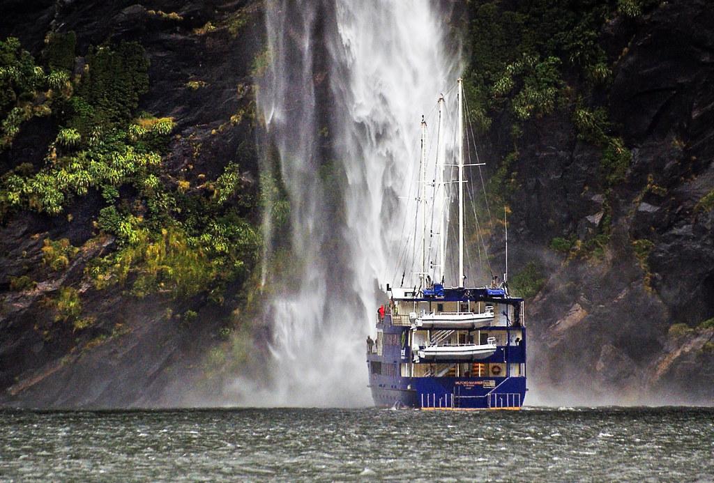 Cruising  Milford Sound.