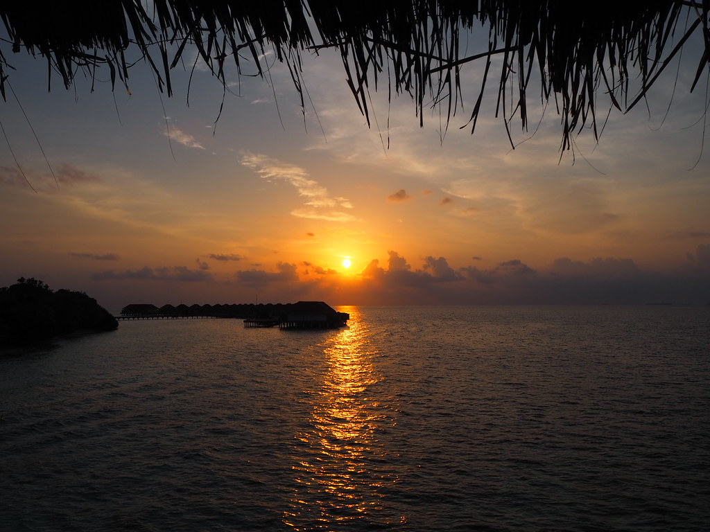 sunset-maldives
