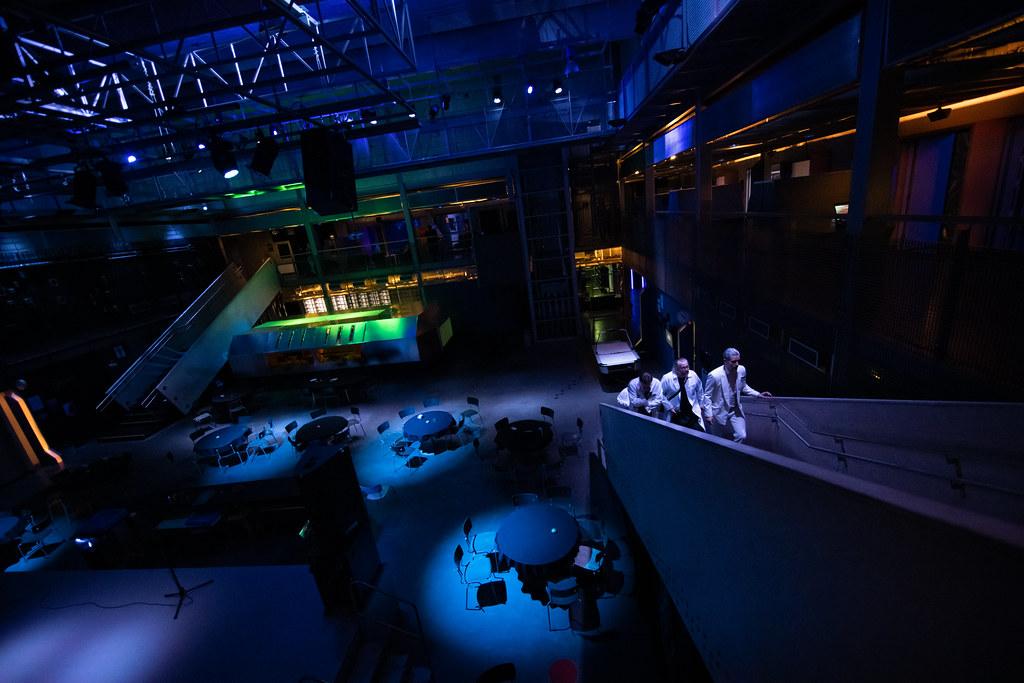 Avaruuslaivan lokikirja – kokemuksia Odysseus-liveroolipelistä