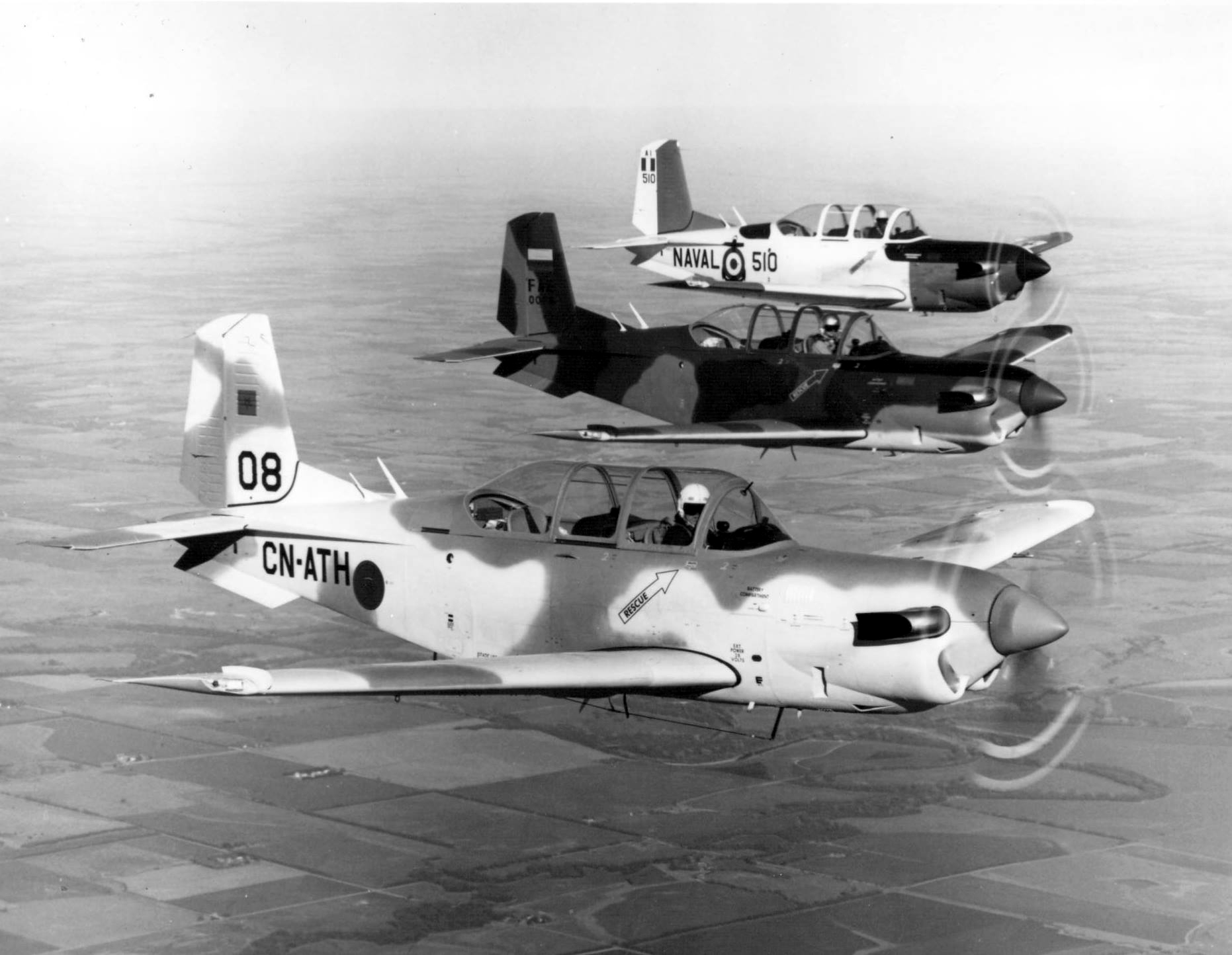FRA: Photos anciens avions des FRA - Page 12 48178880676_40980c4401_o