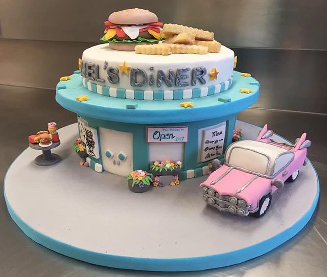 Cake by Melanie Tudsen