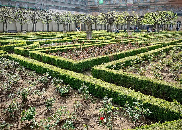 Garden, Neue Residenz