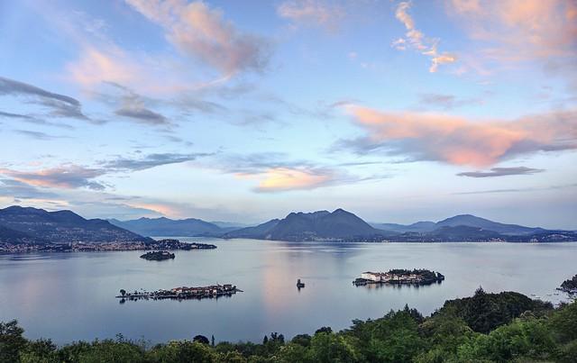 The islands of the Borromeo family