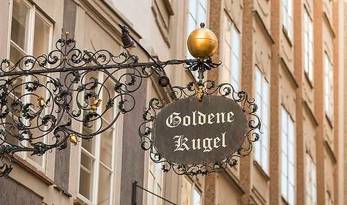 bild-goldene-kugel-fuer-jobboerse-salzburg