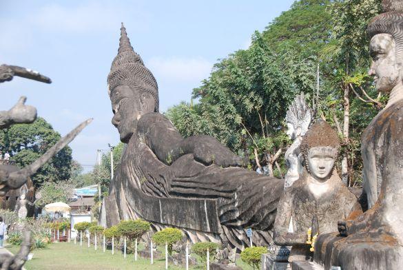 DSC_3661XiengkuaneBuddhaPark