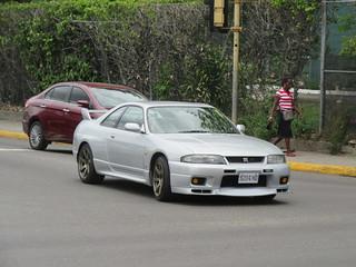 Nissan Skyline GTR (R33)