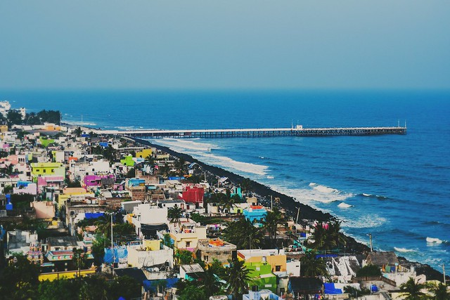 It's a promenade beach along the Bay of Bengal, it's a very popular beach in the Pondicherry. It starts from the War memorial to the Dupleix Park covering a stretch of 1200 metres approximately. The light house present at the end of this beach provides an