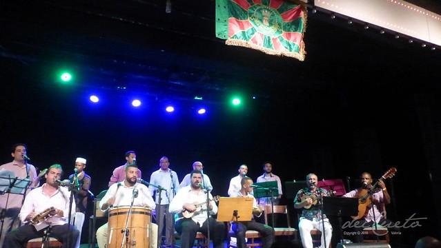 Gloria ao 190629 001 Gloria ao Samba geral bandeira da Mangueira