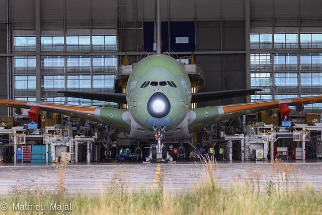 Airbus A380-800 / Emirates