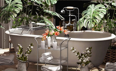 Clair Bathroom set by Mossu available @ Uber