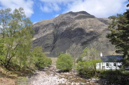 Alltchaorunn cottage & Stob na Broige