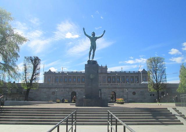 adisporting gent , statue, Stockholm, Sweden