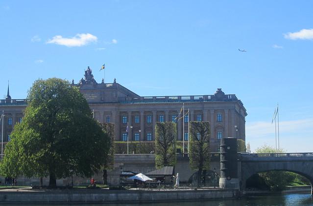 Riksdag + plane, Stockholm