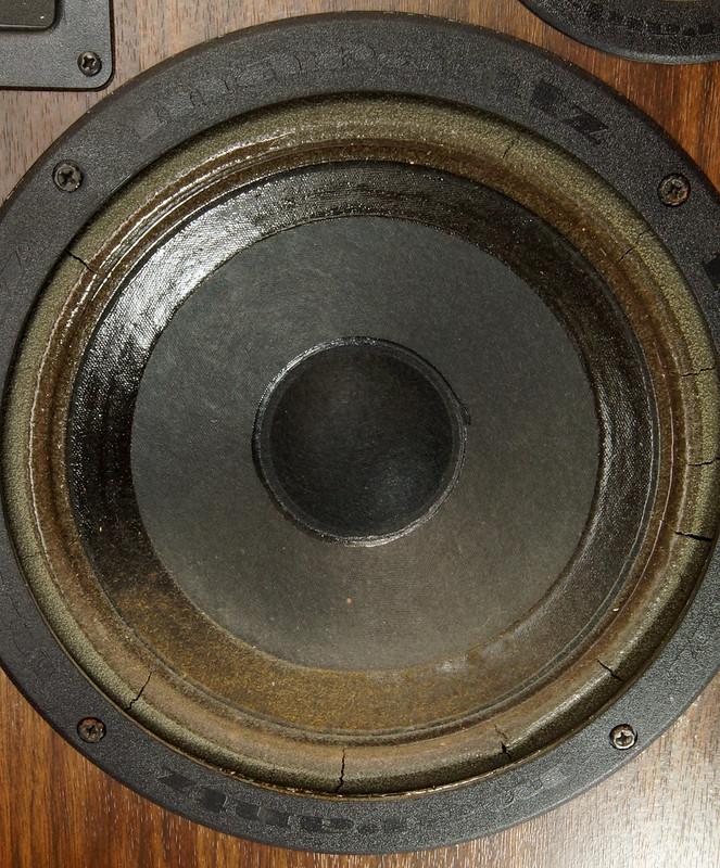 RD28546 Uber RARE 1977 Marantz HD66 Speakers 150 Watts Silverface Tweeter DSC01083