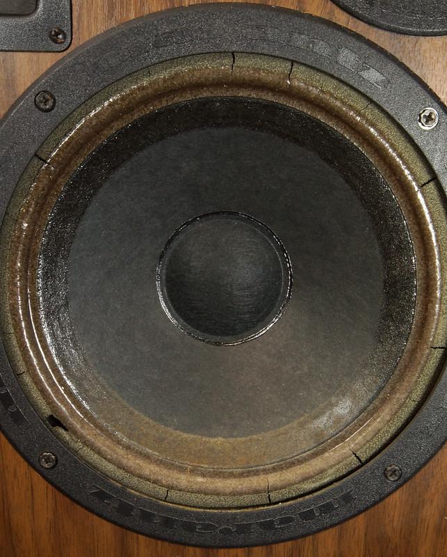 RD28546 Uber RARE 1977 Marantz HD66 Speakers 150 Watts Silverface Tweeter DSC01082