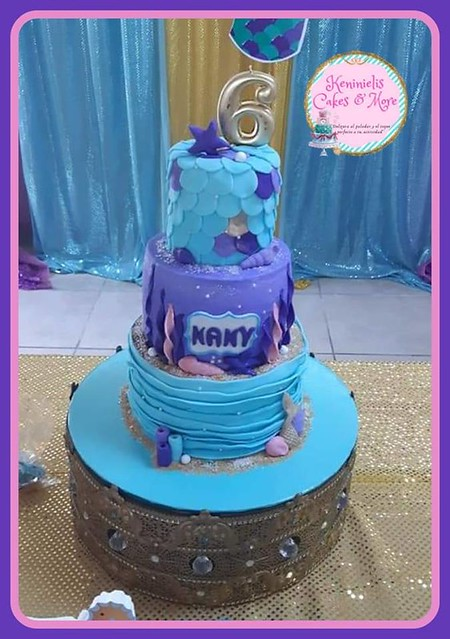 Cake by Keninieli's Cakes & More.