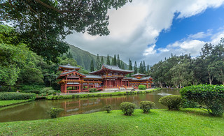 Byodo-In Temple | by daverodriguez
