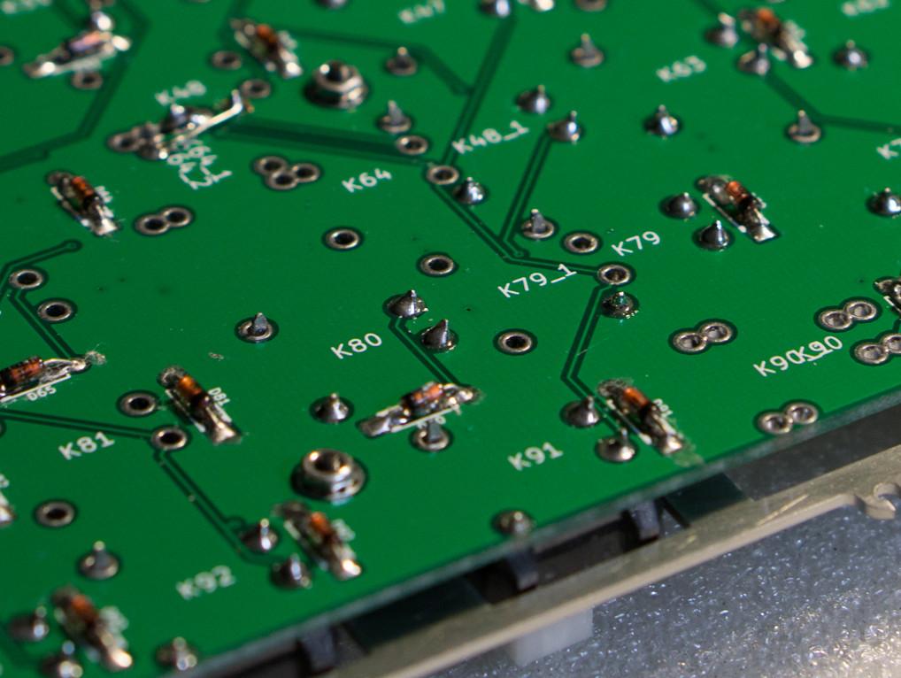 Leaf80 - Bolt modded Alps Plate Spring TKL - deskthority