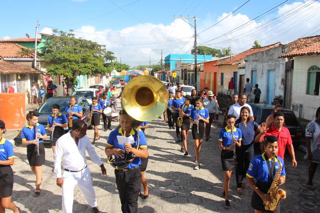 Filarmonica Lira São Bernardo na procissão religiosa em homenagem à São Pedro