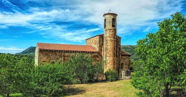 Iglesia románica de San Martín de Elines.  Cantabria.