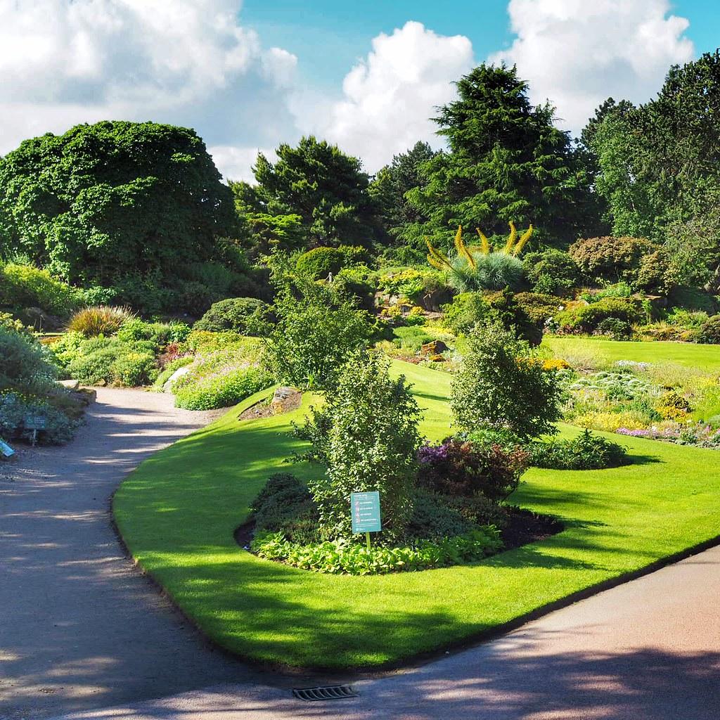 kuningattaren-puutarha-edinburgh-