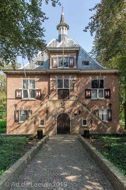 Voormalig gemeentehuis van Oostvoorne