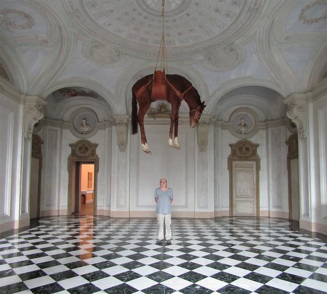 Castello di Rivoli Museo d'Arte Contemporanea cattelan1