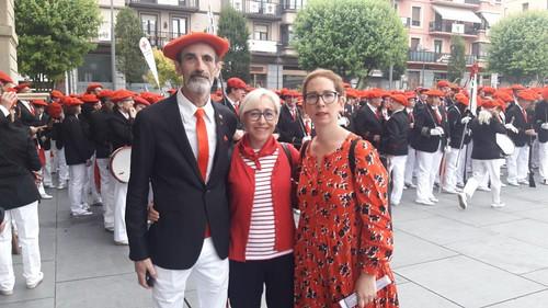 Representantes de Ezkr Anitza el 30 de Junio en Irun